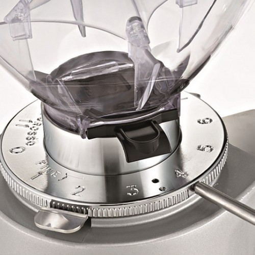 Sklepowy młynek do kawy