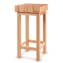 Z podstawą drewnianą